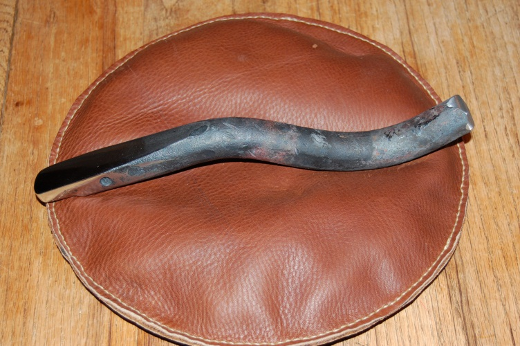 Making A Leather Sandbag For Metal Forming Make Stuff