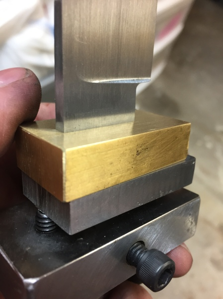 Knife guard fitting jig